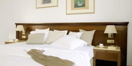 Dobbeltværelse på Hotel 9 Muses Resort på Santorini, Grækenland.