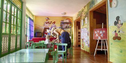 Børneklub på Abora Catarina på Gran Canaria, De Kanariske Øer.