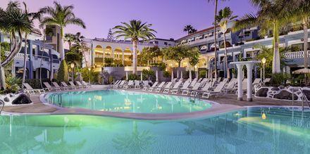 Pool på Hotel Adrian Colon Guanahani på Tenerife, De Kanariske Øer.