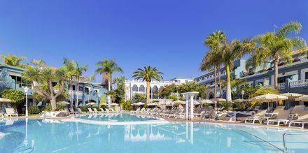 Poolområde på Hotel Adrian Colon Guanahani på Tenerife, De Kanariske Øer.
