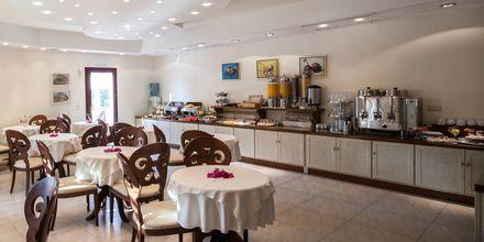 Morgenmadsbuffet på Hotel Aegean Land på Naxos i Grækenland.