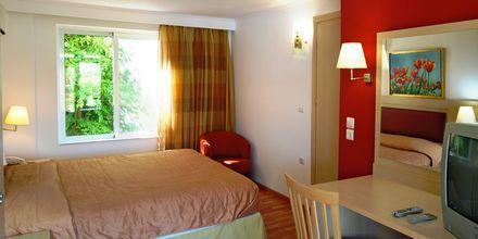 Familie-værelse på Hotel Aegean View Aqua Resort på Kos, Grækenland.