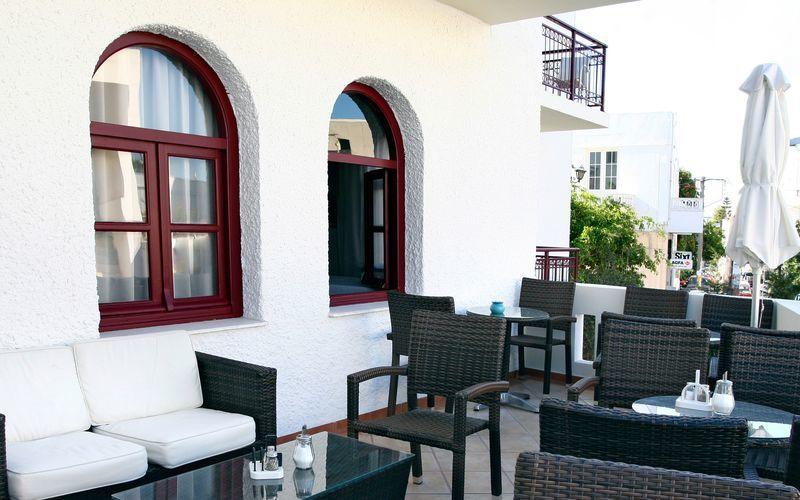 Hotel Aeolis i Naxos by.