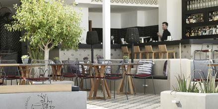 Restaurant på Hotel Afrodite i Kamari på Santorini, Grækenland.