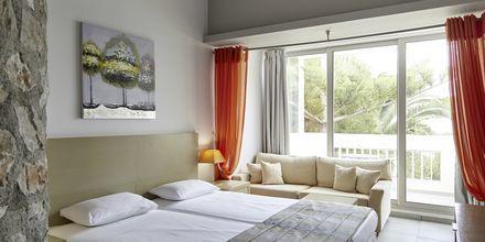Junior-suite på Hotel Afrodite i Kamari på Santorini, Grækenland.