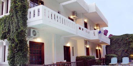 Poolområde på Hotel Agapi på Kreta, Grækenland.