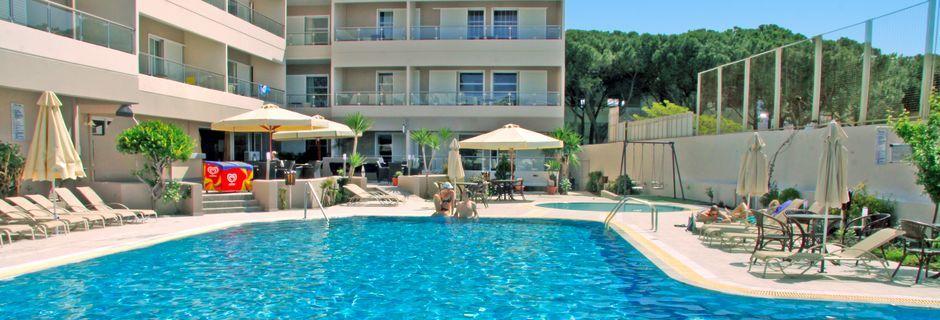 Pool på Hotel Agela, Kos.