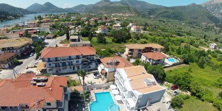 Udsigt over Hotel Aggelos på Lefkas, Grækenland.