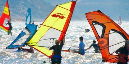 Windsurfing på Naxos i Grækenland.
