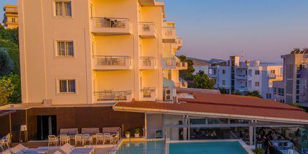 Poolområdet på hotel Agimi & S i Saranda,