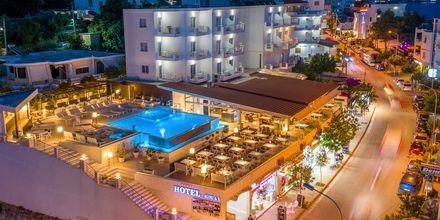 Poolområdet på hotell Agimi & S i Saranda,