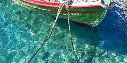 Krystalklart vand i Agios Nikolaos på Kreta.