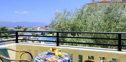 Balkonudsigt fra Hotel Agrilionas på Samos, Grækenland.