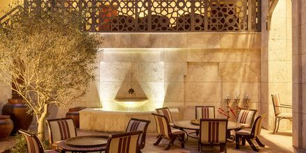 Bar på Ajman Saray, a Luxury Collection Resort i Ajman.