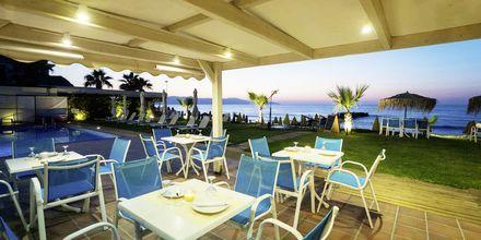 Snackbar på hotel Akoition i Agia Marina, Kreta