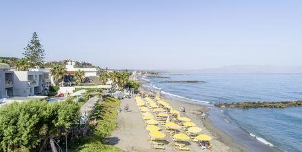 Stranden ved Hotel Akoition i Agia Marina, Kreta.