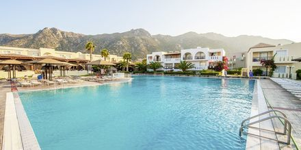 Hovedpoolen på hotel Akti Beach Club i Kardamena på Kos