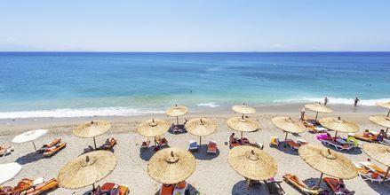 Stranden ved Hotel Akti Palace i Kardamena på Kos, Grækenland.