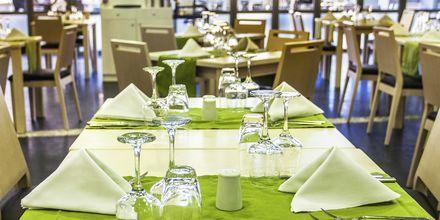 Hovedrestauranten på Hotel Akti Palace i Kardamena på Kos, Grækenland.