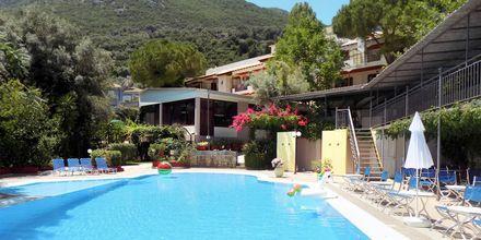 Poolområde på Hotel Alexandros på Lefkas i Grækenland.