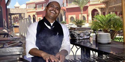 Personale på Hotel Alf Leila Wa Leila Waterpark i Hurghada.
