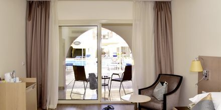 Dobbeltværelse på Hotel Alf Leila Wa Leila Waterpark i Hurghada.