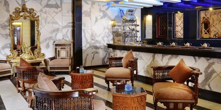 Bar på Hotel Alf Leila Wa Leila Waterpark i Hurghada.