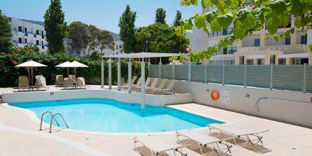 Pool på Hotel Alia Beach i Hersonissos, Kreta, Grækenland.