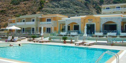 Pool på Almyra Village, Karpathos