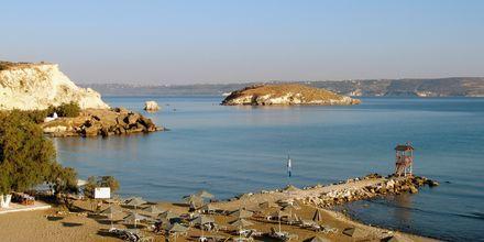 Stranden ved Almyrida Resort på Kreta, Grækenland.