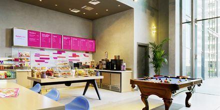 Re:Fuel by Aloft (SM) Café på Hotel Aloft Palm Jumeirah, Dubai.