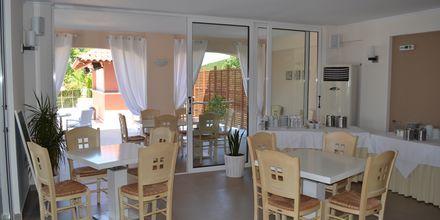 Restauranten på Hotel Ammos Bay i Ammoudia, Grækenland.