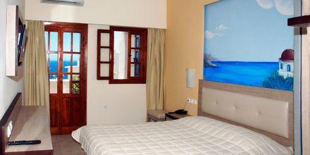 Dobbeltværelse på Hotel Amopi Bay på Karpathos, Grækenland.