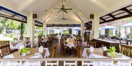 Cafe på Amora Beach Resort i Bangtao Beach, Phuket