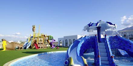Børnepool og legeplads på Hotel Anemos Luxury Grand Resort i Georgiopolis på Kreta, Grækenland.