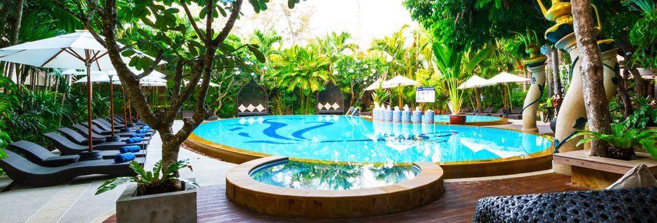 Poolområdet på Hotel Ao Nang Princeville Resort i Krabi, Thailand.