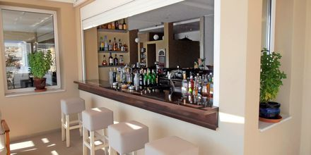 Poolbar på Hotel Apolis på Karpathos, Grækenland.