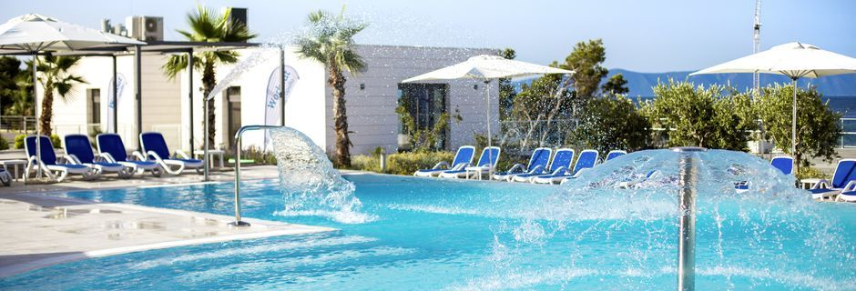 Poolområde på Hotel Apollo Mondo Family Romana i Kroatien.