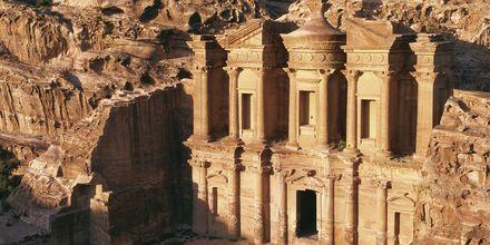 Klostret al-Deir i byen Petra i Jordan
