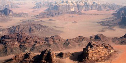Ørkenlandskabet Wadi Rum i Jordan.