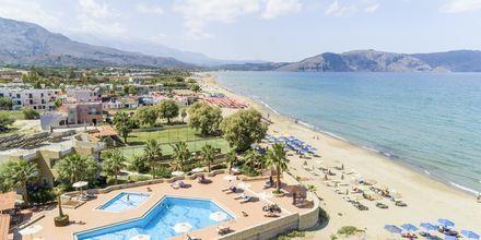 Pool og strand på Hotel Aquamar på Kreta, Grækenland.