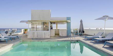 Poolområdet på hotel Aquarius i Rethymnon