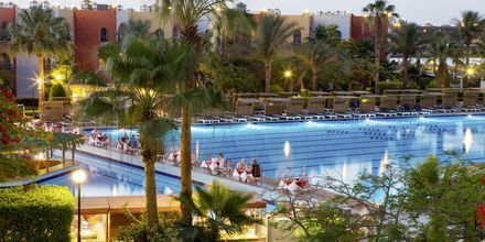 Pool på Arabia Azur Resort i Hurghada, Egypten