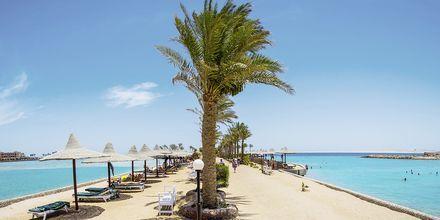 Stranden ved Arabia Azur Resort i Hurghada, Egypten