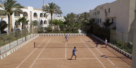 Tennis på Arabia Azur Resort i Hurghada, Egypten
