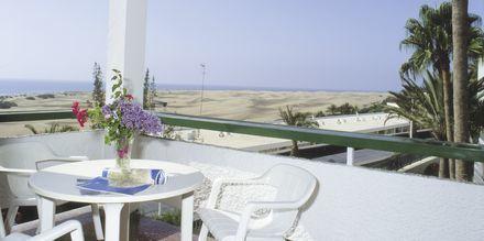 Balkon på en 2-værelses lejlighed på Hotel Arco Iris på Gran Canaria, De Kanariske Øer.