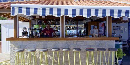 Poolbar på Hotel Aspres på Samos, Grækenland.