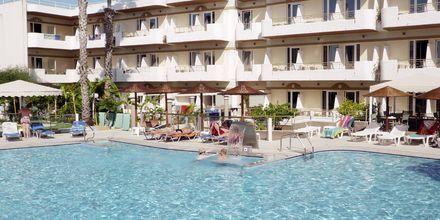 Poolområdet på hotel Astron på Kos, Grækenland