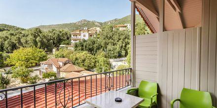 Udsigt over Hotel Bacoli i Parga, Grækenland.