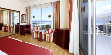 Junior-suite på Hotel Bahia Principe Sunlight San Felipe på Tenerife, De Kanariske Øer, Spanien.